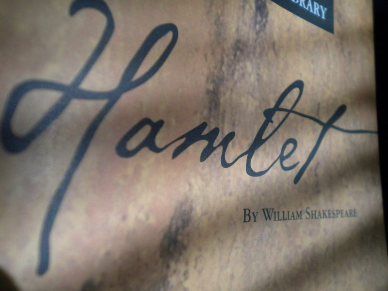 hamlet suicide thesis